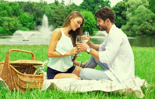 Picture girl, nature, river, wine, basket, glasses, guy, lovers, weed, the fountains