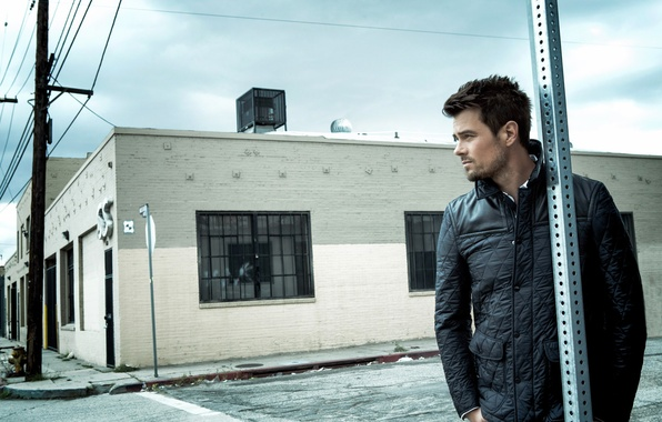 Picture look, the building, jacket, actor, profile, male, Josh Duhamel, Josh Duhamel