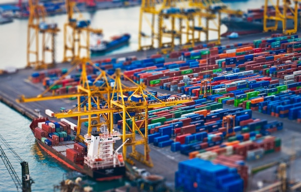 Picture the city, work, the situation, ships, port, unloading, containers