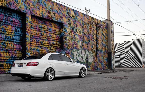Picture white, graffiti, tuning, Mercedes, E Class