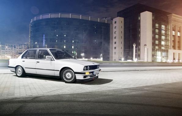 Picture white, night, street, the building, BMW, BMW, white, E30, Sedan, 3 Series