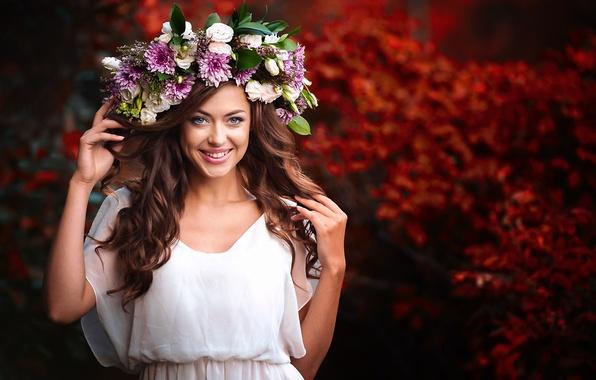 Picture girl, joy, flowers, smile, mood, brown hair, wreath, bokeh