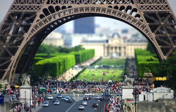 Picture people, street, Eiffel tower, Paris, France, Europe, pedestrians