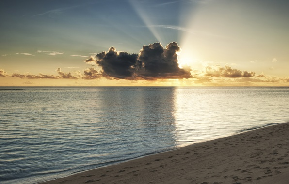 Picture sea, beach, water, the sun, clouds, rays, sunset, the ocean, shore, The Maldives