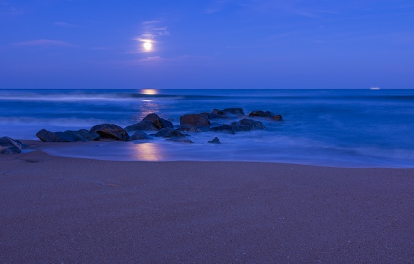 Picture sand, beach, the sky, clouds, night, stones, the moon, shore, The ocean, blue