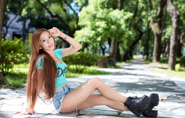 Picture summer, girl, face, smile, hair, shorts, shoes, Asian