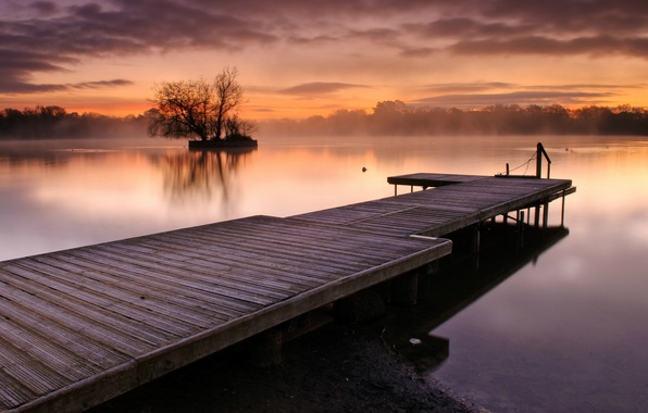 Picture the sky, water, clouds, trees, sunset, orange, fog, lake, surface, England, the evening, UK, haze, ...