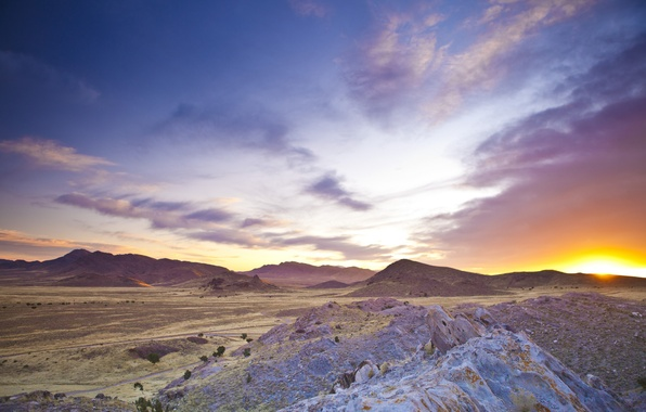 Picture the sun, clouds, mountains, dawn, desert