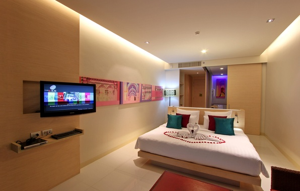 Picture bed, TV, pictures, bedroom, interior, bedroom, pillows.