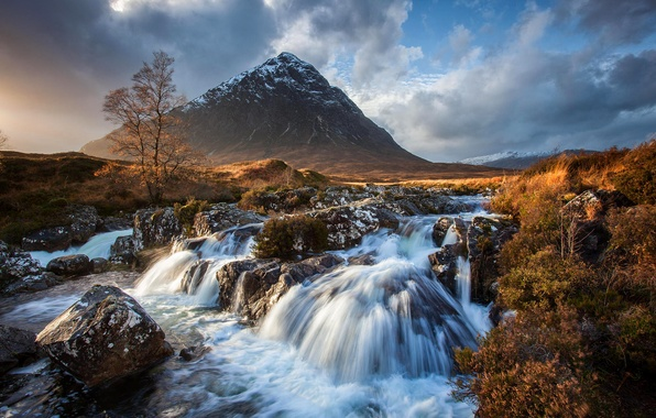 Picture the sky, clouds, snow, river, stones, mountain, stream