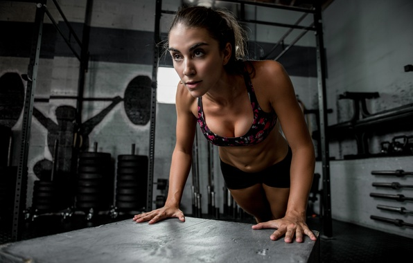 Picture face, body, the gym, Dani, push-UPS