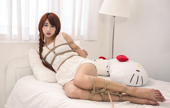 Picture girl, pose, rope