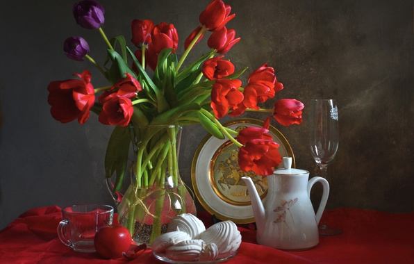 Picture glass, Apple, plate, Cup, tulips, dishes, still life, marshmallows, coffee pot