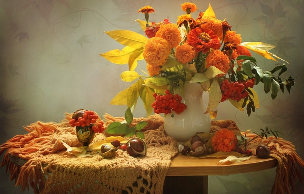 Picture autumn, Rowan, chestnuts, marigolds