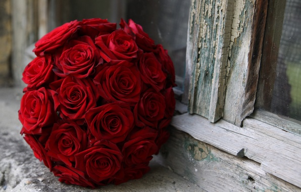 Picture macro, cracked, roses, bouquet, window, red, sill