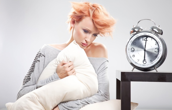 Picture girl, alarm clock, pillow, red, six in the morning, sleepy, shredded