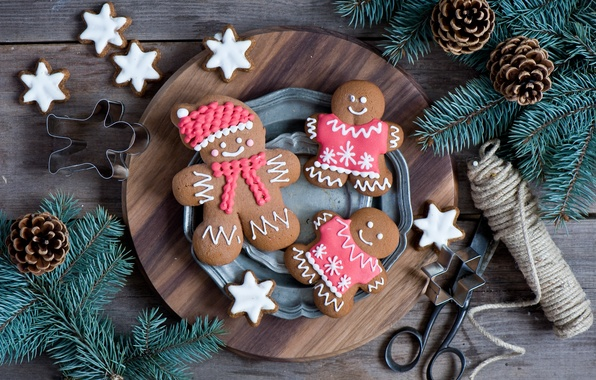 Picture winter, branches, food, spruce, men, cookies, plate, sweets, tree, Christmas, bumps, figures, dessert, cakes, holidays, …