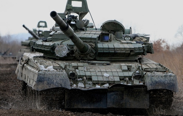 Picture dirt, the barrel, tank, combat, T-80BV