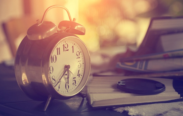 Picture macro, time, style, retro, dawn, watch, books, morning, blur, alarm clock, cover, vintage, bokeh, watch, …