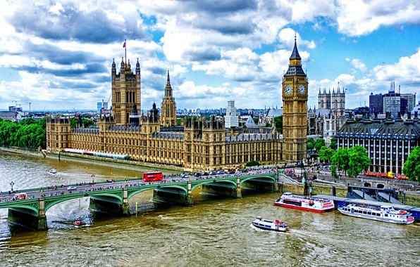 Picture London, Big Ben, The Palace of Westminster, Westminster bridge, the river Thames embankment, pleasure boats
