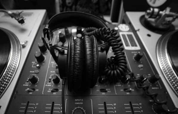 Picture style, music, black and white, headphones, remote