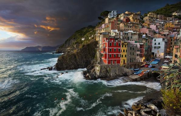 Picture sea, coast, building, the evening, Italy, Italy, The Ligurian sea, Riomaggiore, Riomaggiore, Cinque Terre, Cinque …