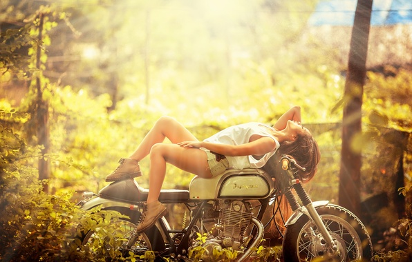 Picture girl, motorcycle, Asian
