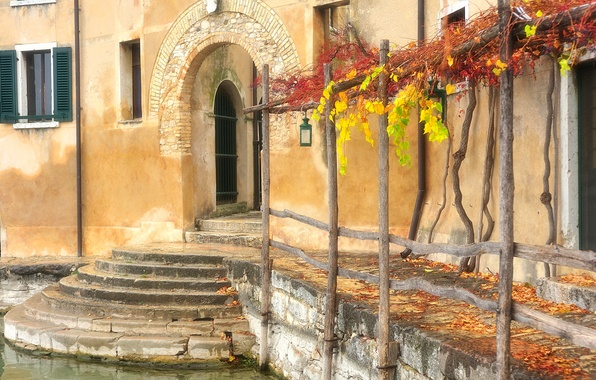 Picture autumn, house, the door, window, Italy, Venice, arch, shutters