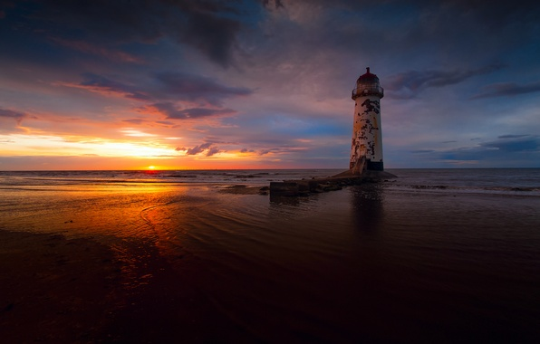 Picture sea, the sky, the sun, clouds, light, sunset, lighthouse, the evening