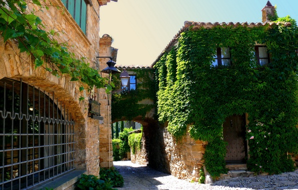 Picture road, roof, greens, flowers, house, stones, plate, The city, the door, window, lights, Spain, the …
