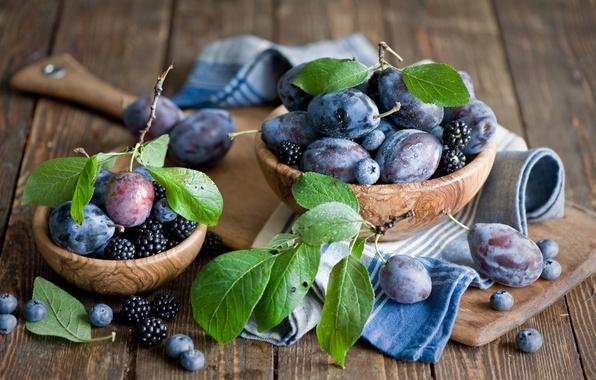 Picture leaves, berries, blueberries, dishes, Board, fruit, still life, plum, wooden, BlackBerry, Anna Verdina