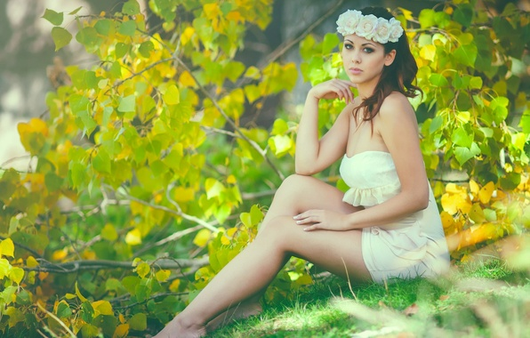 Picture summer, branches, tree, feet, roses, dress, wreath, Vanessa Gil