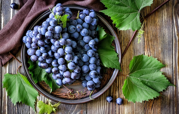 Picture leaves, red, berries, plate, grapes, bunches