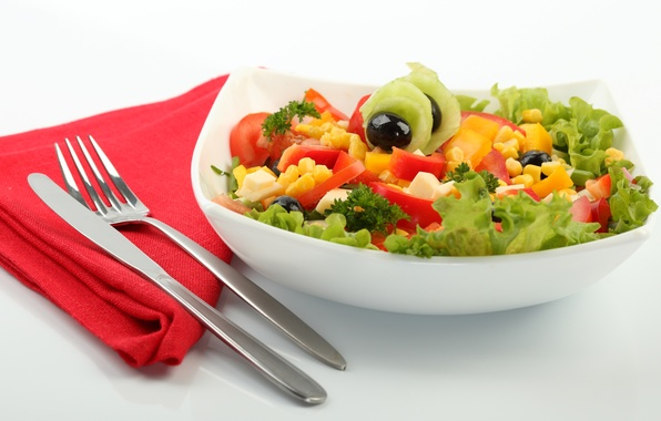 Picture greens, corn, cheese, plate, knife, plug, tomatoes, napkin, cucumbers, salad, olives, Cutlery