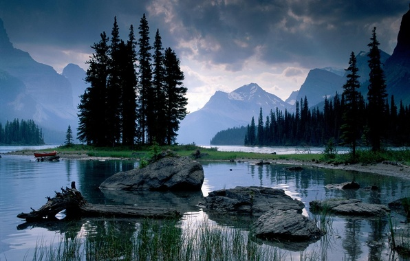 Picture mountains, lake, stones