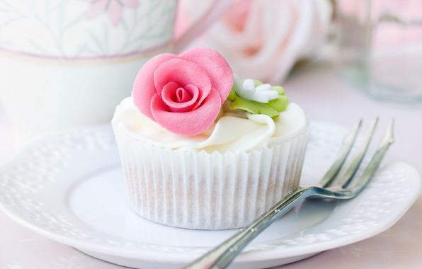Picture dessert, plug, plate, rosette, cream, cake, food, cupcake, dishes