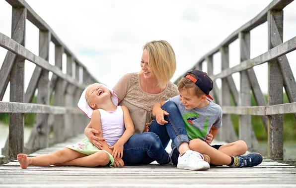 Photo wallpaper family, joy, mom, children