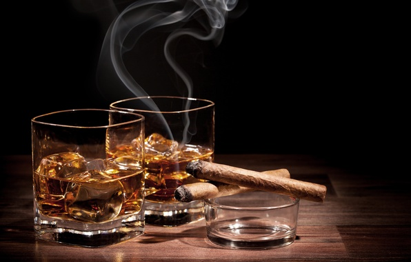 Picture ice, glass, cigar, ice, whiskey, cigar, a glass of whiskey