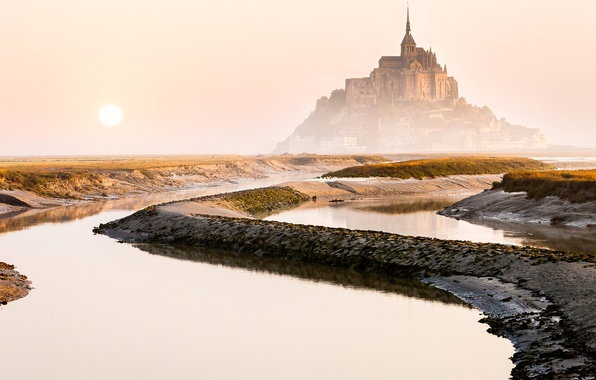 Picture the sun, the city, France, morning, Mont-Saint-Michel, the island fortress of