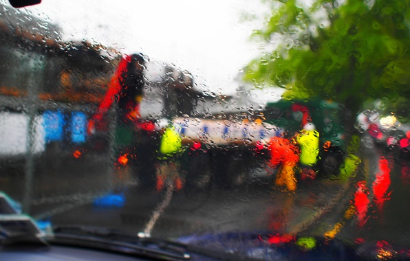 Picture glass, drops, the city, people, tree, street, home, car