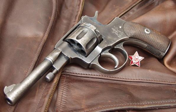 Picture star, icon, the hammer and sickle, Revolver, Revolver, kozhanka