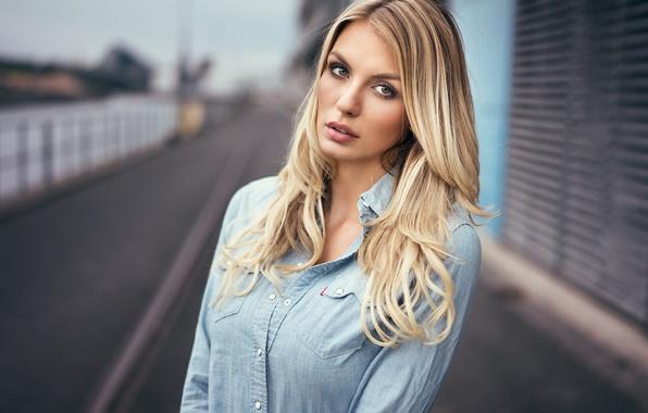 Picture girl, eyes, view, model, beauty, bokeh, blonde, shirt, portrait, long-haired, Paulina, Martin Kuhn