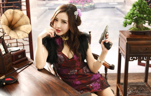 Picture girl, gun, weapons, dress, Asian