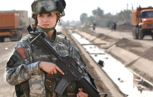 Picture girl, soldiers, USA, beautiful, soldier, automatic, Division, unit, ordinary(th), air, hands, Zalkovsky, post, Colt M4A1, …