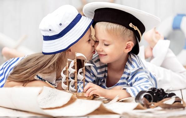 Picture children, kiss, hat, boy, friendship, girl, girl, boat, hat, kiss, boy, boat, children