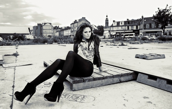 Picture look, the city, pose, clothing, Girl, brunette, legs
