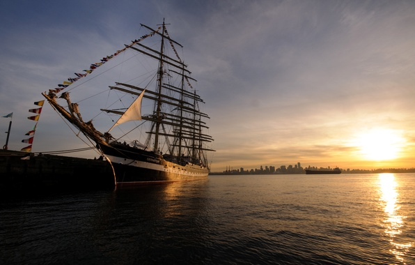 Picture Sunset, Pier, The city, Ship, Mast, Nose, Sailing Ship, Kruzenshtern, Bark