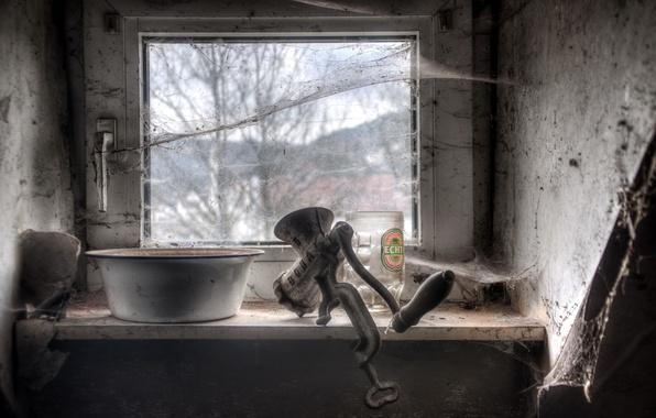 Picture web, window, chopper