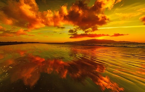 Picture the sky, clouds, sunset, mountains, lake, reflection, glow
