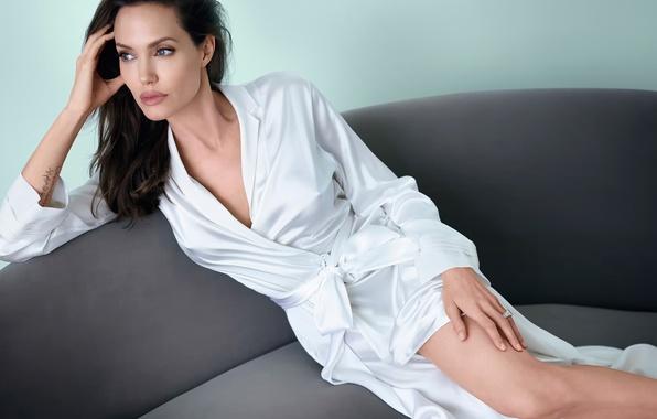 Picture Angelina Jolie, photoshoot, Vanity Fair, September 2014